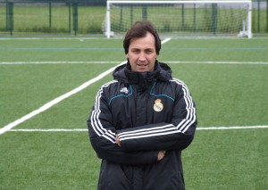Dr  Carlos Gonz ález Haro